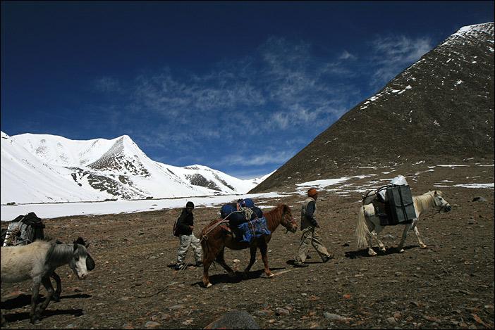 Trekking Chumathang-Yayatso